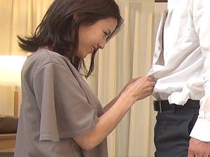 【個人撮影】<盗撮>スレンダー美人妻の不倫セックス 隠し撮り!