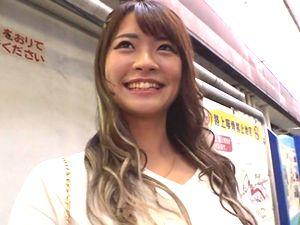 美少女ギャル【神】可愛すぎる!読モ兼ガルバ店員の小悪魔系ビッチ!